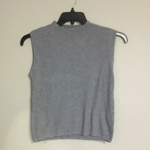No sleeve cropped sweater